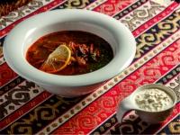 Солянка мясная со сметаной