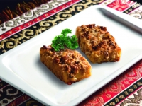 Жареный сыр Сулугуни с соусом Наршараб